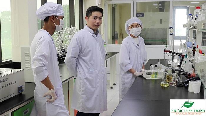 Các sản phẩm của Y Dược Luân Thành luôn được nghiên cứu, kiểm định an toàn trước khi đến tay người tiêu dùng