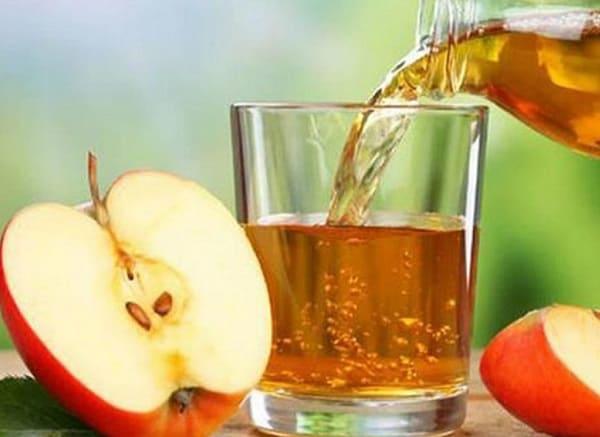 Giấm táo hỗ trợ chữa bệnh vảy nến tại nhà