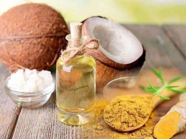 Sử dụng dầu dừa và tinh bột nghệ trong điều trị vảy nến