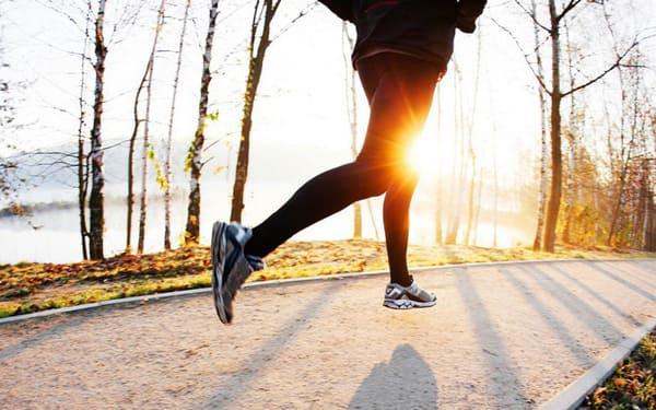 Thể dục đều đặn giúp lưu thông máu và cải thiện sức đề kháng của người bệnh