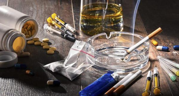 Tuyệt đối không sử dụng thuốc lá, rượu bia và các chất kích thích