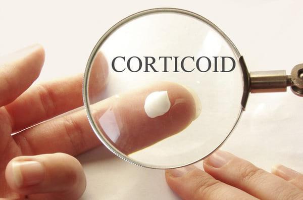 Bị vảy nến nên bôi thuốc gì? Có nên sử dụng Corticoid?