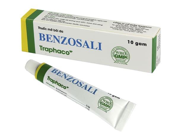 Sử dụng thuốc bong vảy bạt sừng trong điều trị mề đay