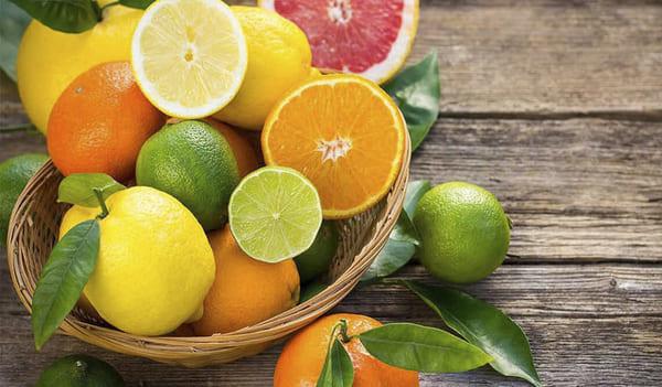 Họ nhà cam chanh bổ sung lượng vitamin dồi dào giúp trị mụn, sáng da rất hiệu quả