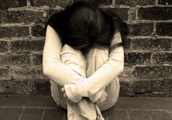 Những triệu chứng của bệnh ảnh tổ đỉa hưởng lớn đến tâm lý