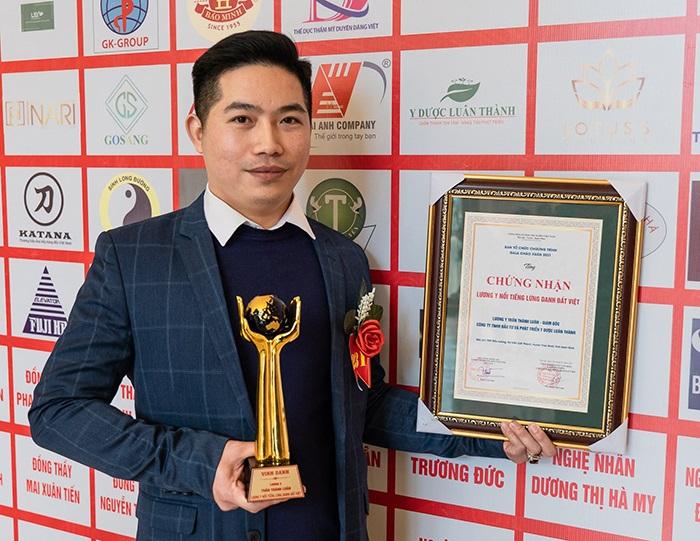 Lương y Trần Thành Luân vinh dự nhận giải thưởng Lương y lừng danh đất Việt